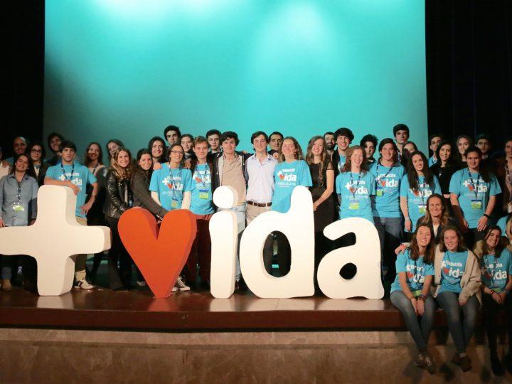 """Más de 600 jóvenes participan en el Congreso Internacional """"Pedimos la Palabra"""" de +Vida"""